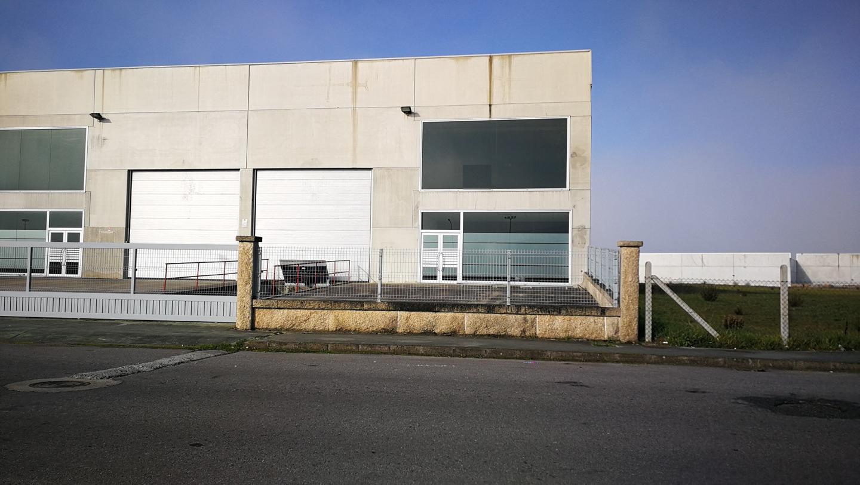Nave Industrial en alquiler en SAN CIBRAO DAS VIÑAS de 2000 m2