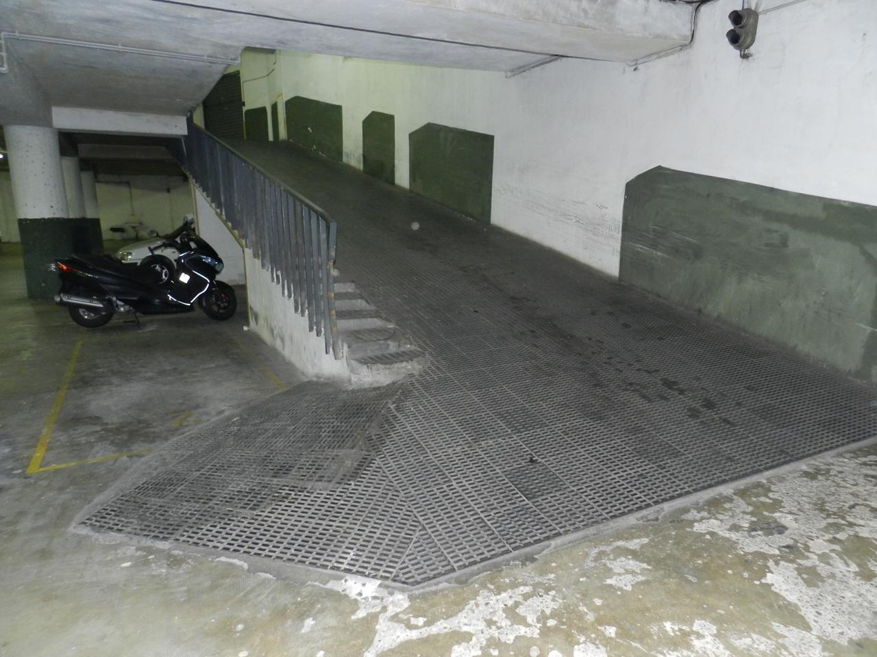 Suin plaza de parking en alquiler y en venta en - Calle borrell barcelona ...