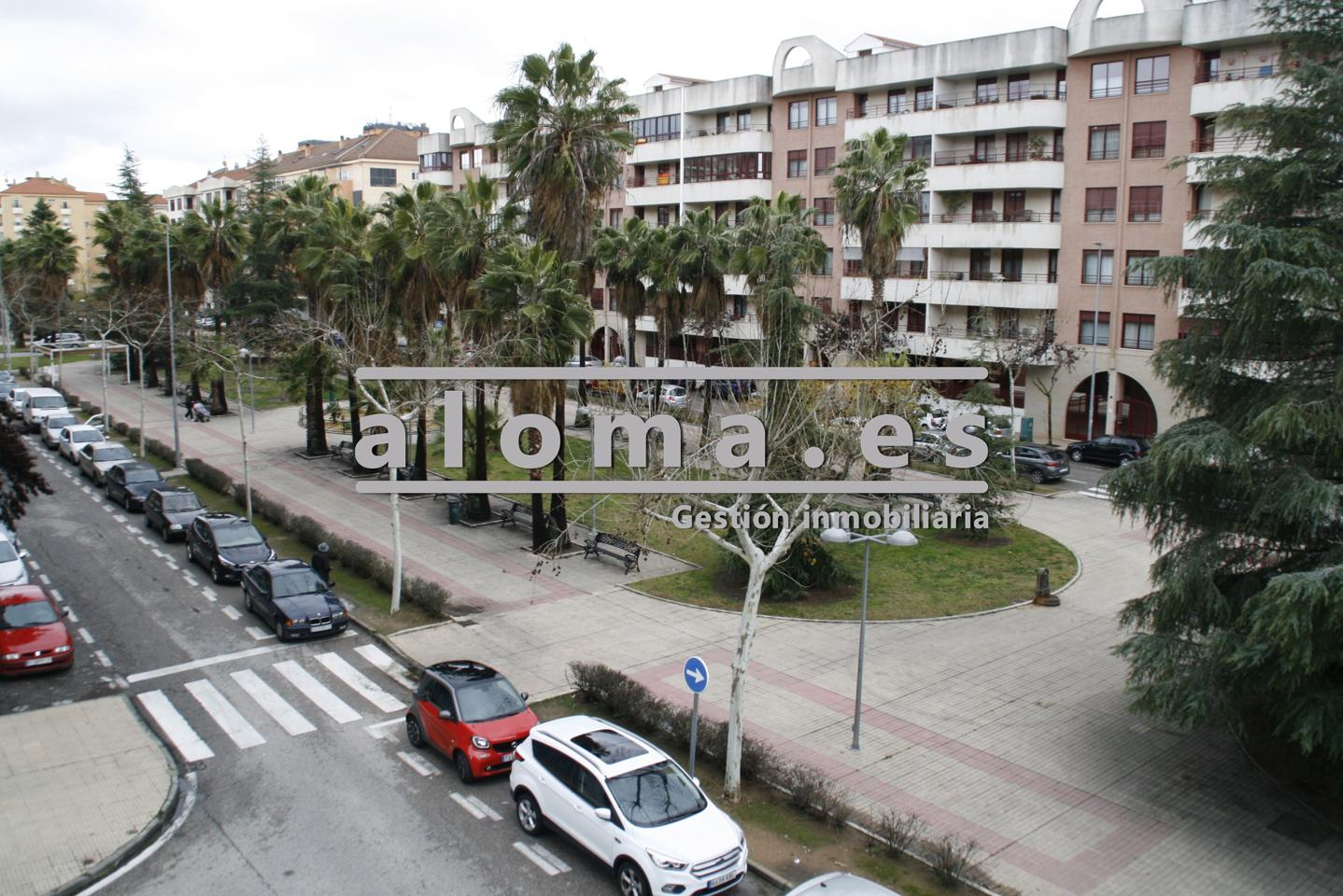 Inmobiliaria aloma en c ceres zona centro vender comprar for Pisos nuevos en caceres