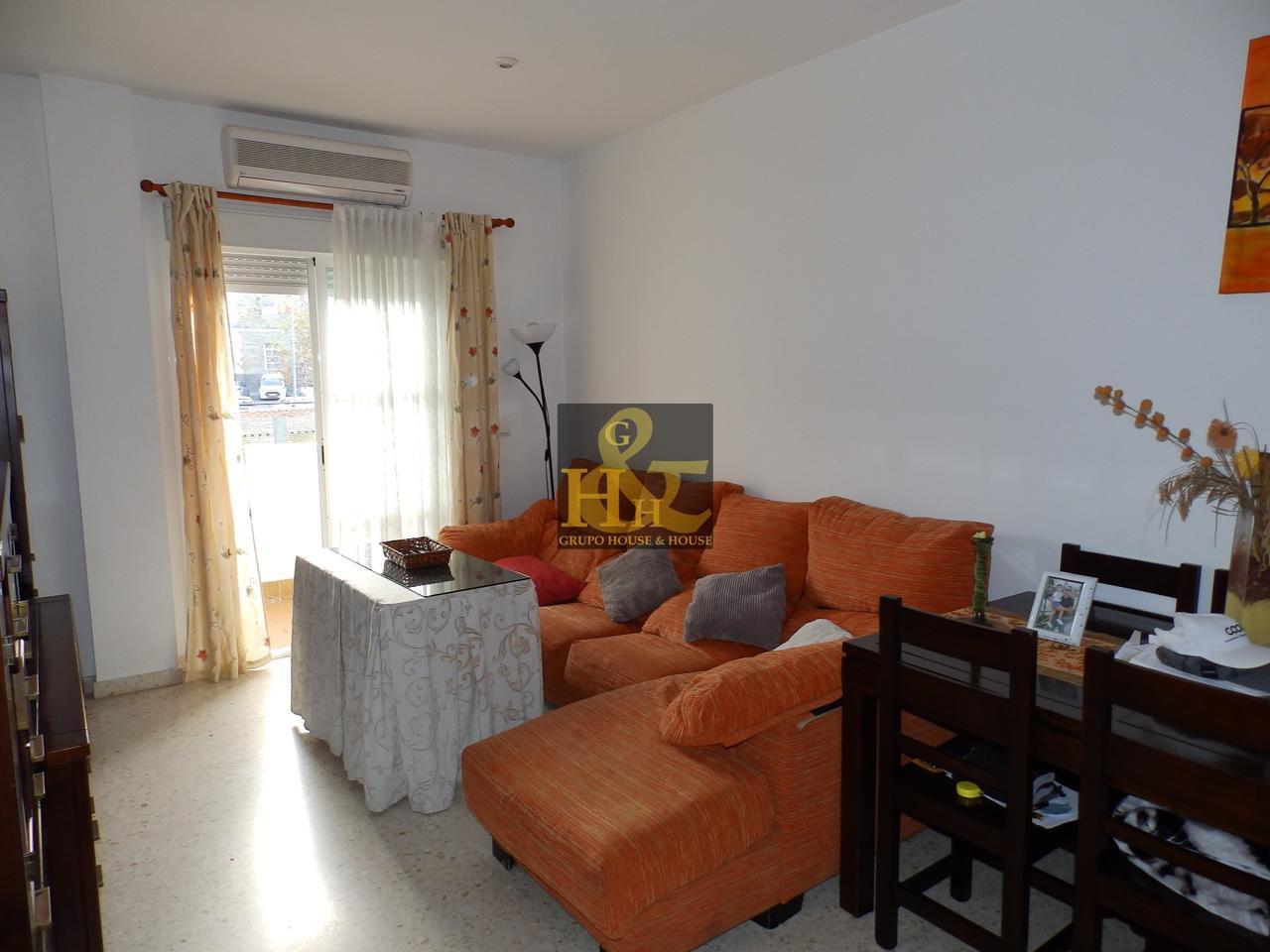 Grupo house house piso en venta en sanl car de barrameda de 80 m2 - Pisos de bancos en sanlucar de barrameda ...